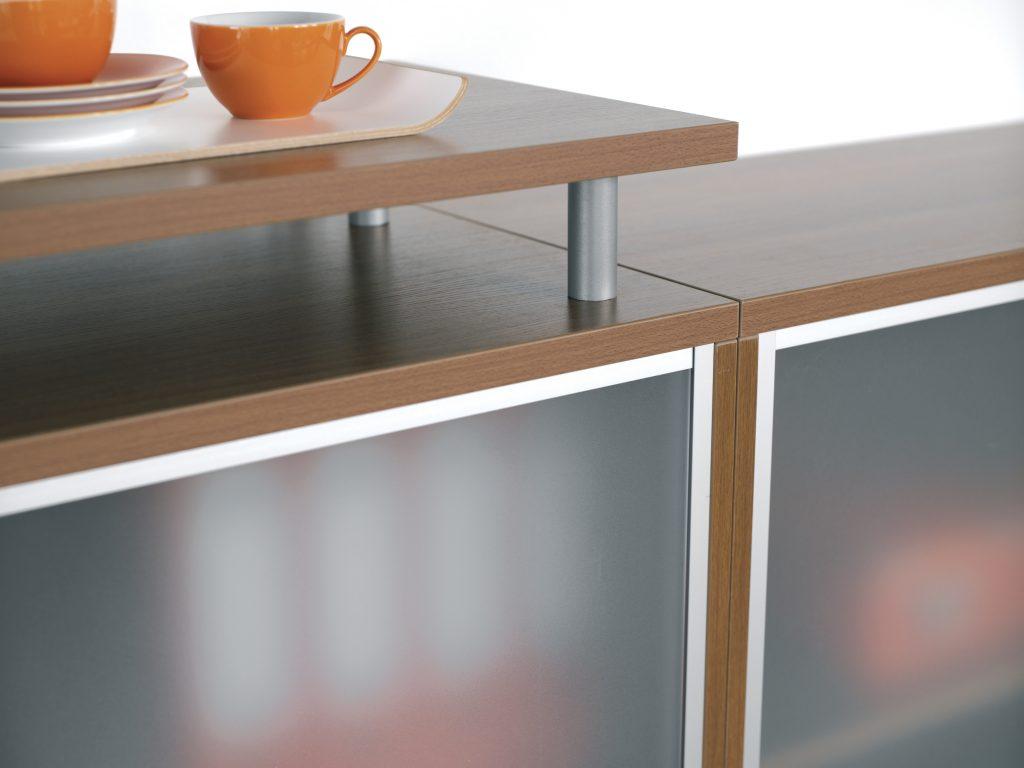 aktenschrank 4 ordnerh hen 40 cm breit schloss rechts. Black Bedroom Furniture Sets. Home Design Ideas